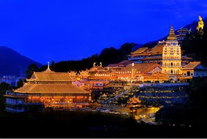 kek-lok-si-temple-air-itam-penang-malaysia-night-view